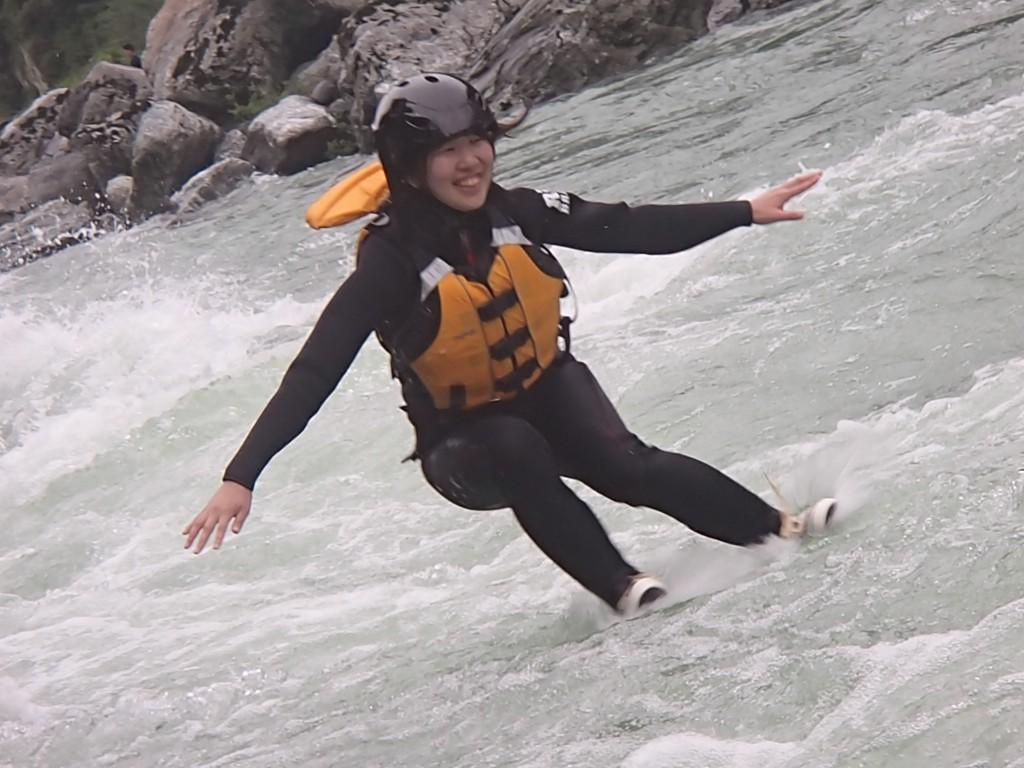 吉野川ラフティング,大歩危,小歩危,飛び込み,ジャンプ