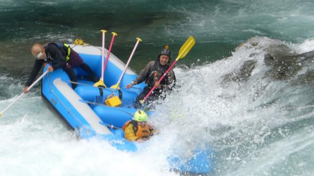 吉野川ラフティング,大歩危,小歩危,二段サーフィン